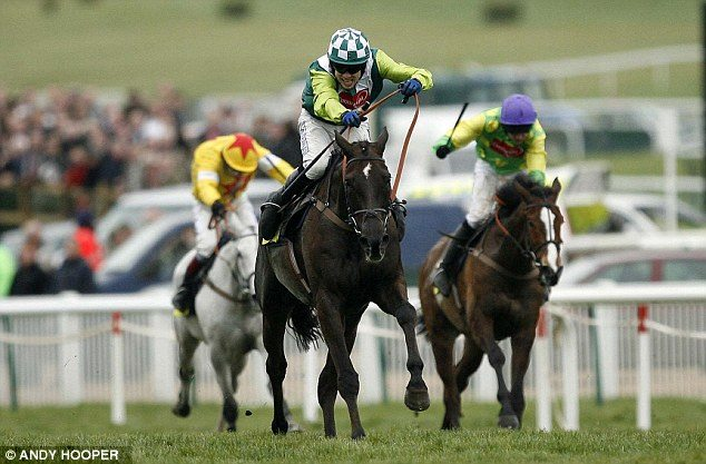 Denman defeats Kauto Star